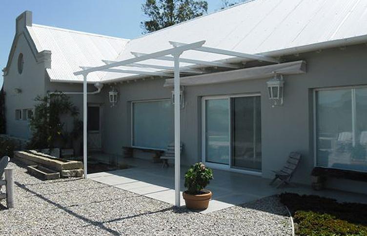 Lonas para patios cool toldos with lonas para patios for Estructuras para toldos